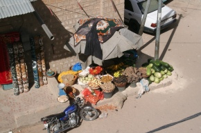 Fruit and vegetable vendor in Timbuktu, Mali (2011)
